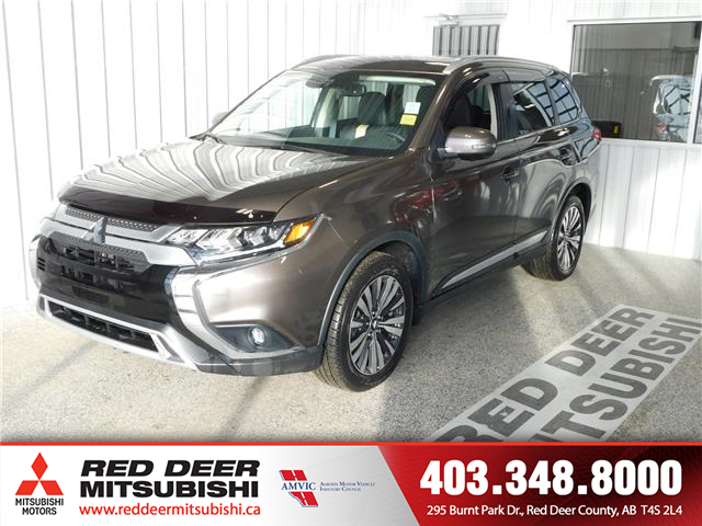 2019 Mitsubishi Outlander GT (Stk: T198244) in Red Deer County - Image 1 of 18