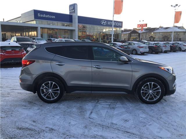 2017 Hyundai Santa Fe Sport 2.0T SE (Stk: B7409) in Saskatoon - Image 2 of 11