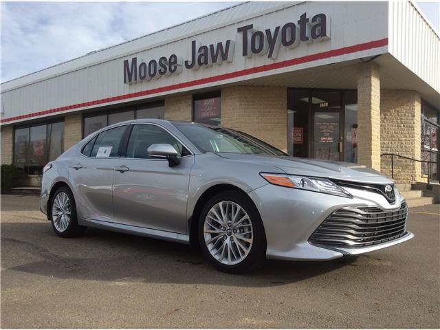 2018 Toyota Camry XLE (Stk: 188010) in Moose Jaw - Image 1 of 10