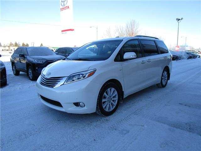 2017 Toyota Sienna Limited 7-Passenger (Stk: 1990731) in Moose Jaw - Image 1 of 48