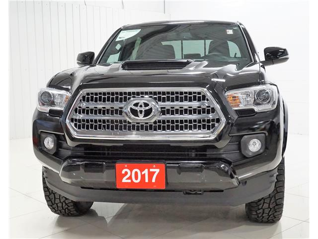 2017 Toyota Tacoma SR5 (Stk: P5619) in Sault Ste. Marie - Image 1 of 23
