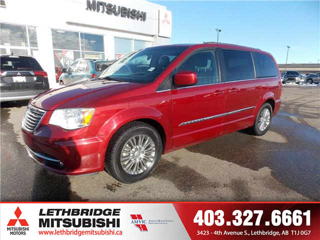 2015 Chrysler Town & Country Touring (Stk: P3878A) in Lethbridge - Image 1 of 14