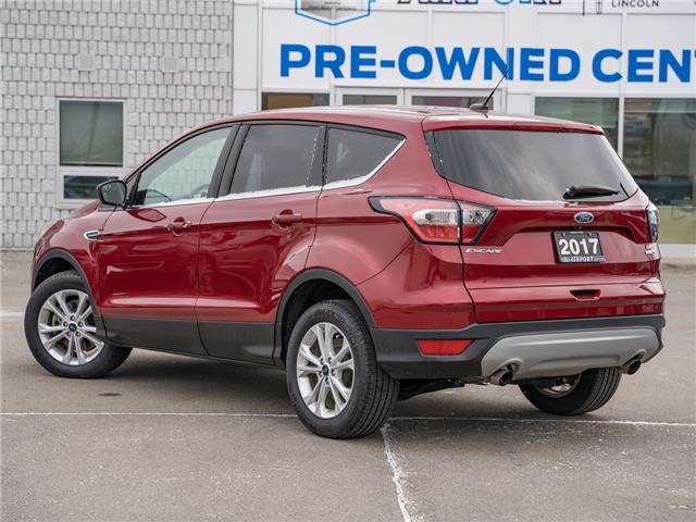 2017 Ford Escape SE (Stk: 1HL242) in Hamilton - Image 2 of 23