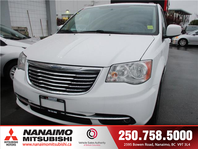 2015 Chrysler Town & Country Touring (Stk: 9T4231C) in Nanaimo - Image 1 of 14