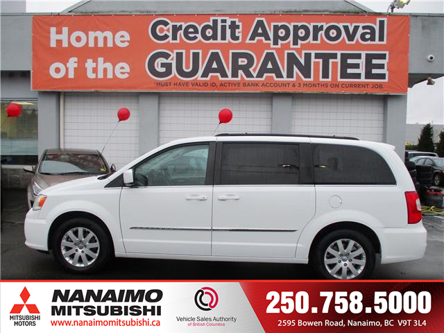 2015 Chrysler Town & Country Touring (Stk: 9T4231C) in Nanaimo - Image 2 of 14