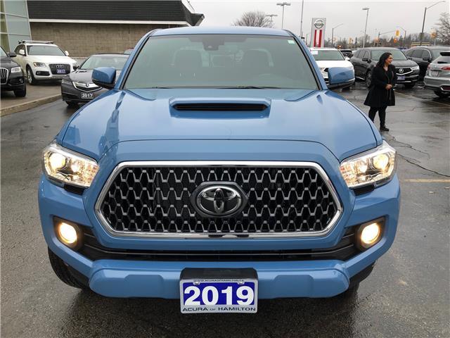 2019 Toyota Tacoma SR5 V6 (Stk: 1918460) in Hamilton - Image 2 of 35