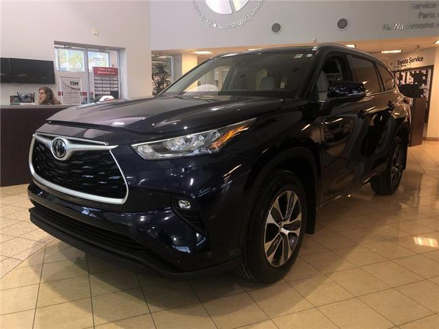 2020 Toyota Highlander XLE (Stk: 31570) in Aurora - Image 1 of 15