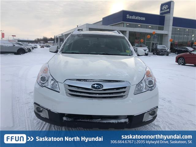 2011 Subaru Outback 2.5 i Limited Package (Stk: 40117A) in Saskatoon - Image 2 of 24