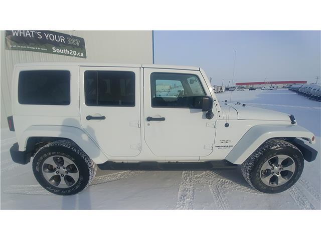 2016 Jeep Wrangler Unlimited Sahara (Stk: 40017A) in Humboldt - Image 2 of 9