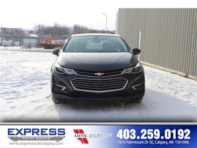 2018 Chevrolet Cruze Premier Auto (Stk: P15-1221A) in Calgary - Image 2 of 17