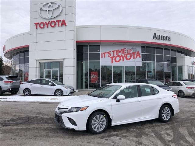2020 Toyota Camry SE (Stk: 31555) in Aurora - Image 1 of 15