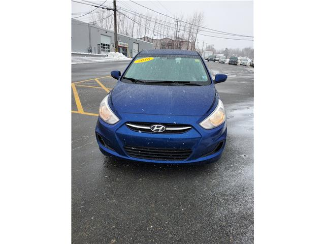 2016 Hyundai Accent Sport 5-Door 6A (Stk: p20-037) in Dartmouth - Image 2 of 14