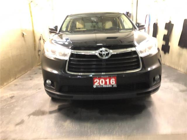 2016 Toyota Highlander XLE (Stk: 315211) in Aurora - Image 1 of 21