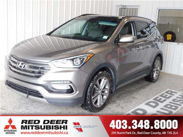 2018 Hyundai Santa Fe Sport 2.0T (Stk: L8763) in Red Deer County - Image 1 of 17
