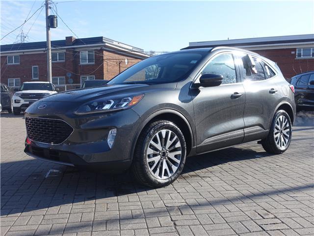 2020 Ford Escape Titanium Hybrid (Stk: 2003530) in Ottawa - Image 1 of 18