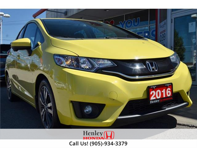 2016 Honda Fit SUNROOF | BLUETOOTH | HEATED SEATS | BACK UP (Stk: R9832) in St. Catharines - Image 1 of 24