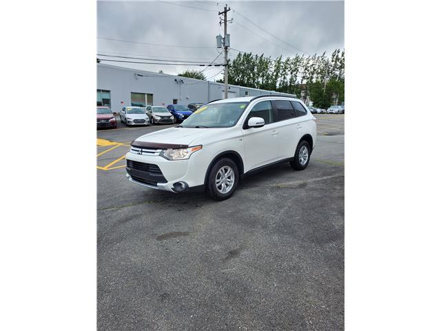 2015 Mitsubishi Outlander SE S-AWC (Stk: p20-155) in Dartmouth - Image 1 of 15