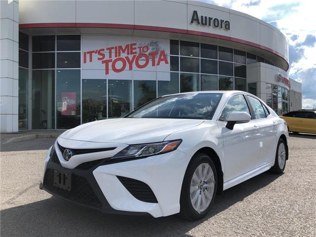 2020 Toyota Camry SE (Stk: 31902) in Aurora - Image 1 of 15