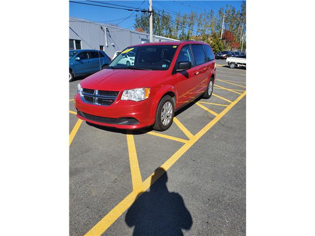2014 Dodge Grand Caravan SE (Stk: p20-226) in Dartmouth - Image 1 of 12