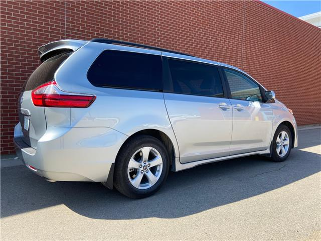 2020 Toyota Sienna LE 8-Passenger (Stk: 8976) in Regina - Image 1 of 20