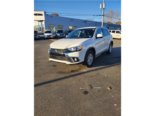 2019 Mitsubishi RVR SE 4WD (Stk: p20-298) in Dartmouth - Image 1 of 13