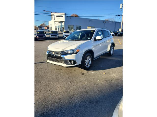 2019 Mitsubishi RVR SE 4WD (Stk: p20-299) in Dartmouth - Image 1 of 14
