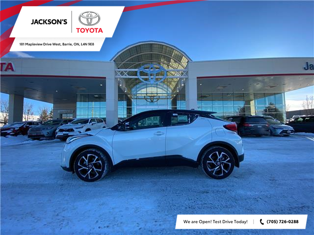 2021 Toyota C-HR XLE Premium (Stk: 11362) in Barrie - Image 1 of 6