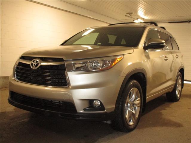 2015 Toyota Highlander Limited (Stk: F1708651) in Regina - Image 1 of 42