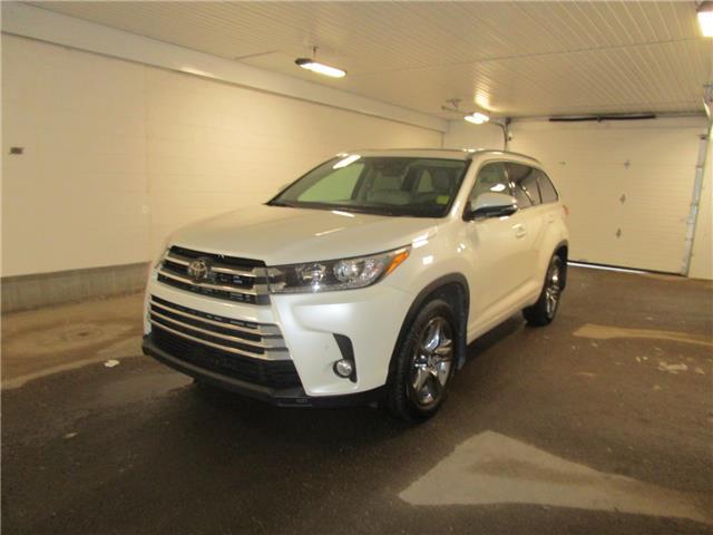 2018 Toyota Highlander Limited (Stk: 2034281) in Regina - Image 1 of 38
