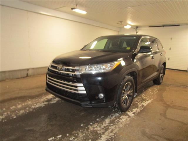 2019 Toyota Highlander LE (Stk: 1939141) in Regina - Image 1 of 38