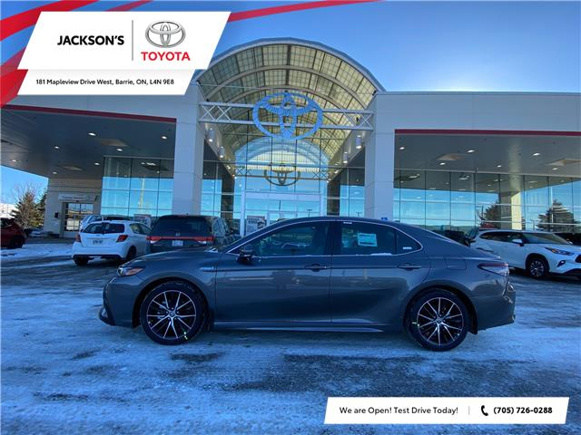 2021 Toyota Camry Hybrid SE (Stk: 13643) in Barrie - Image 1 of 8