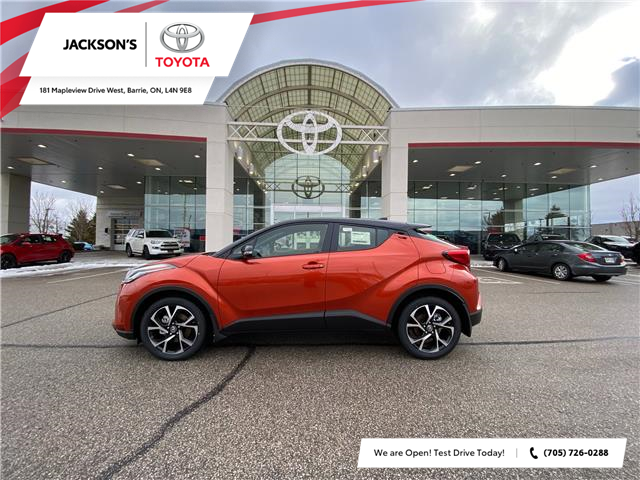 2021 Toyota C-HR XLE Premium (Stk: 11589) in Barrie - Image 1 of 8