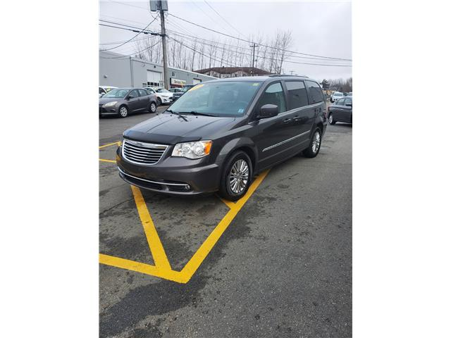 2016 Chrysler Town and Country Touring-L (Stk: p21-008) in Dartmouth - Image 1 of 14
