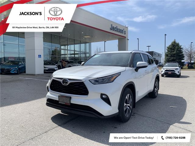 2020 Toyota Highlander XLE (Stk: 4018) in Barrie - Image 1 of 11