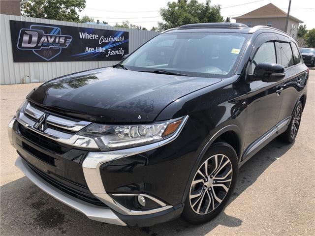 2016 Mitsubishi Outlander SE (Stk: 13384) in Fort Macleod - Image 1 of 22
