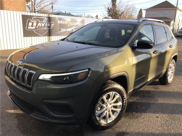 2019 Jeep Cherokee Sport (Stk: 14075) in Fort Macleod - Image 1 of 17
