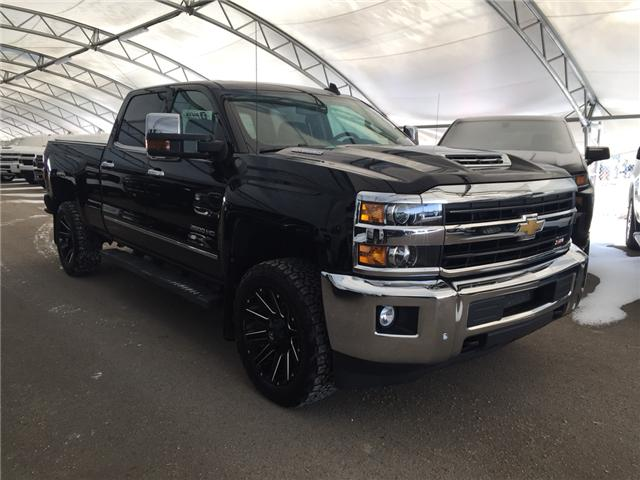 2019 Chevrolet Silverado 2500HD LTZ (Stk: 167361) in AIRDRIE - Image 1 of 23