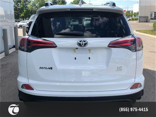 2018 Toyota RAV4 LE (Stk: M180425) in Mississauga - Image 2 of 12