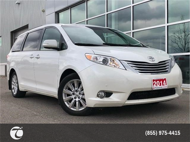 2014 Toyota Sienna LIMITED!! JUST TRADED IN !! (Stk: M181003A) in Mississauga - Image 1 of 20
