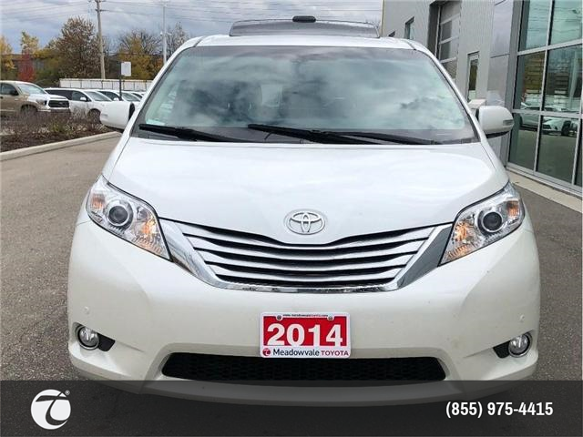 2014 Toyota Sienna LIMITED!! JUST TRADED IN !! (Stk: M181003A) in Mississauga - Image 2 of 20