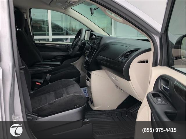 2015 Dodge Grand Caravan CVP!! JUST TRADED IN !! (Stk: M190208A) in Mississauga - Image 5 of 13