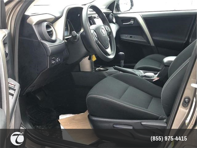2015 Toyota RAV4 XLE!! NEW ARRIVAL !! (Stk: 31412) in Mississauga - Image 2 of 15