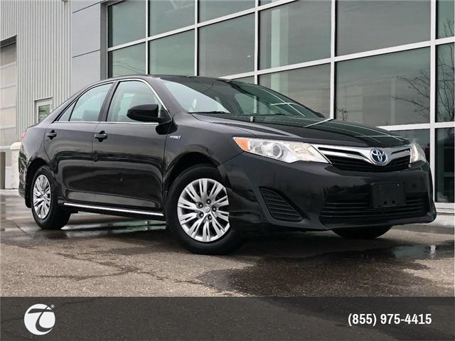 2014 Toyota Camry Hybrid LE!! JUST TRADED IN !! (Stk: 31432) in Mississauga - Image 1 of 17