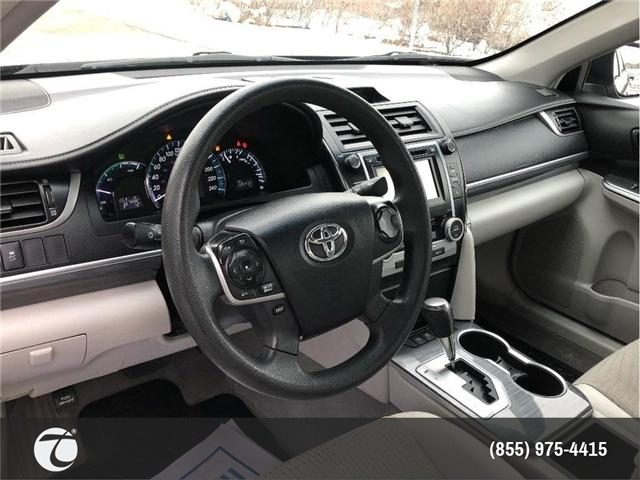 2014 Toyota Camry Hybrid LE!! JUST TRADED IN !! (Stk: 31432) in Mississauga - Image 13 of 17