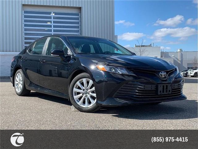 2018 Toyota Camry LE!! JUST TRADED IN !! (Stk: 31439) in Mississauga - Image 1 of 17