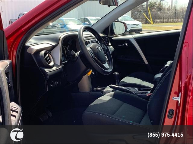 2015 Toyota RAV4 XLE!! ACCIDENT FREE !! (Stk: 31407) in Mississauga - Image 2 of 19