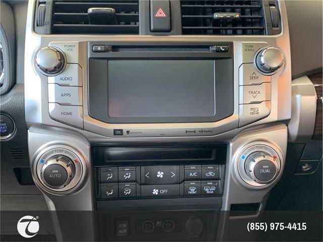2019 Toyota 4Runner SR5 (Stk: M190064) in Mississauga - Image 2 of 13
