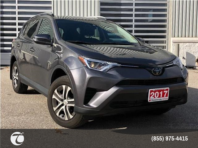 2017 Toyota RAV4 LE !!JUST TRADED !! (Stk: M190935A) in Mississauga - Image 1 of 19