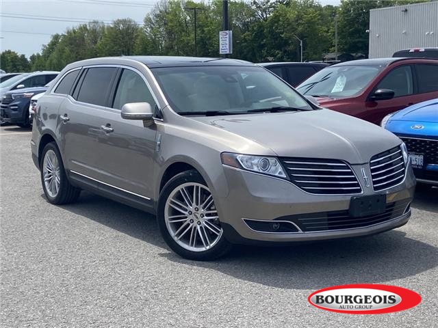 2019 Lincoln MKT Reserve (Stk: 20T133A) in Midland - Image 1 of 14