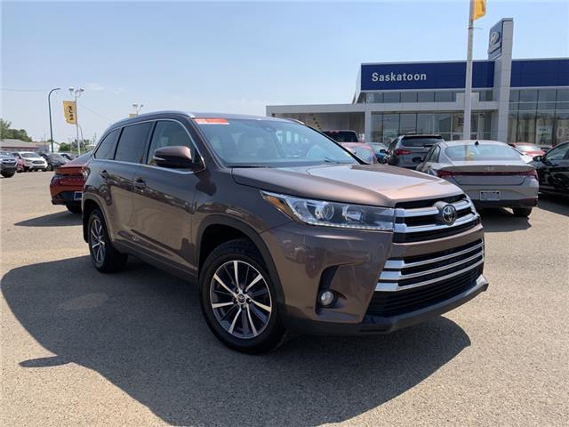 2018 Toyota Highlander  (Stk: B7994) in Saskatoon - Image 1 of 17